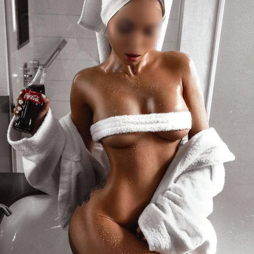 Antonia sexy busty escort travels only R7500